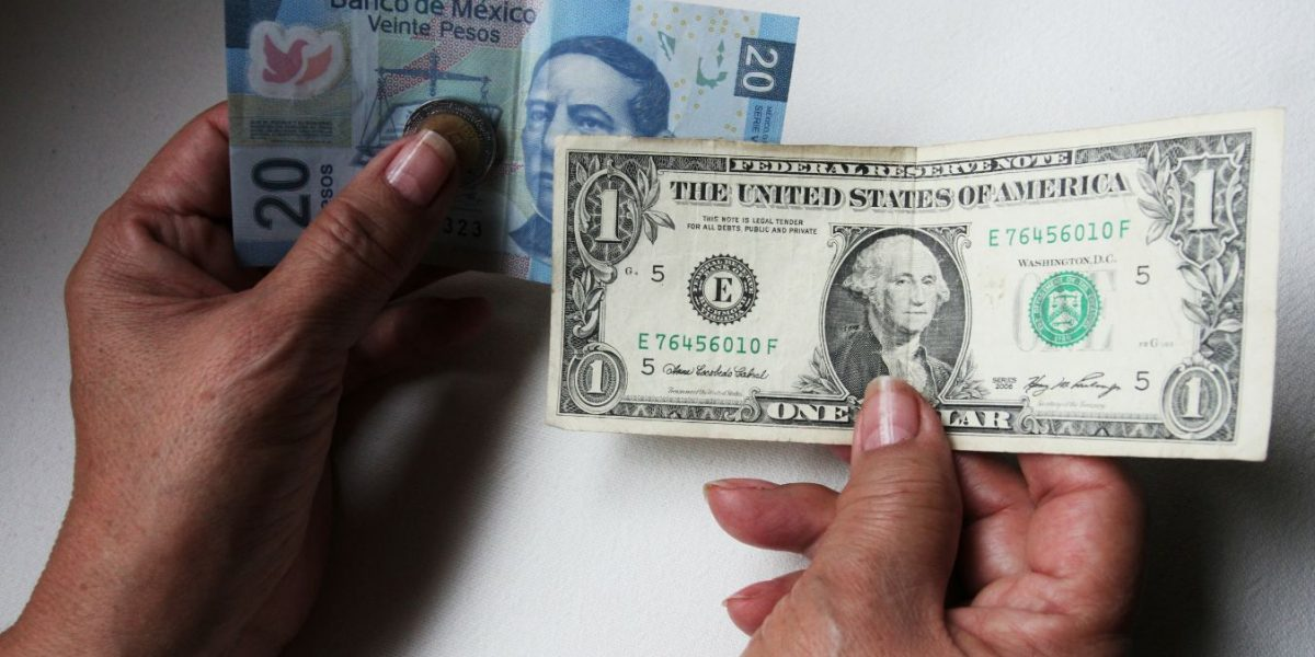 Dólar se vende en 20.40 pesos este domingo