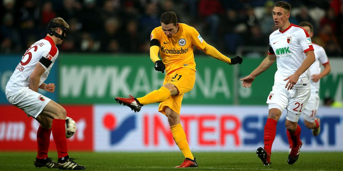 Sin Marco Fabián, Eintracht Frankfurt iguala con el Augsburgo