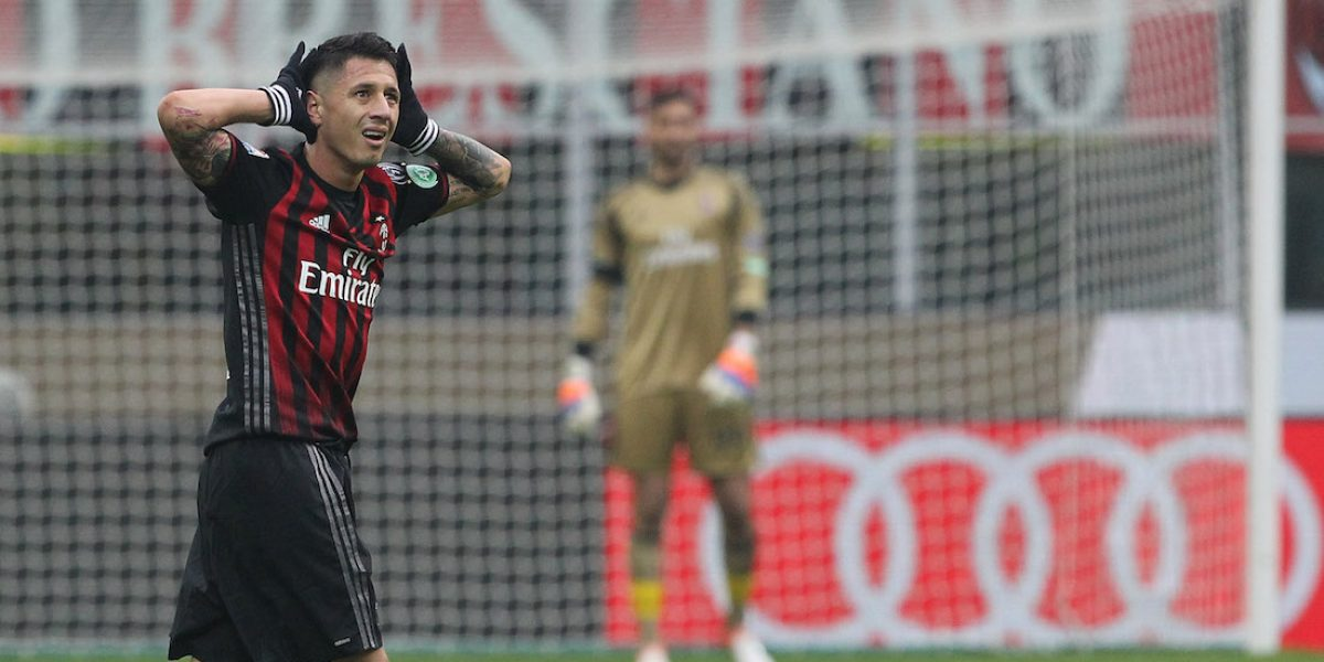 Lapadula le da el triunfo al Milán sobre el Crotone