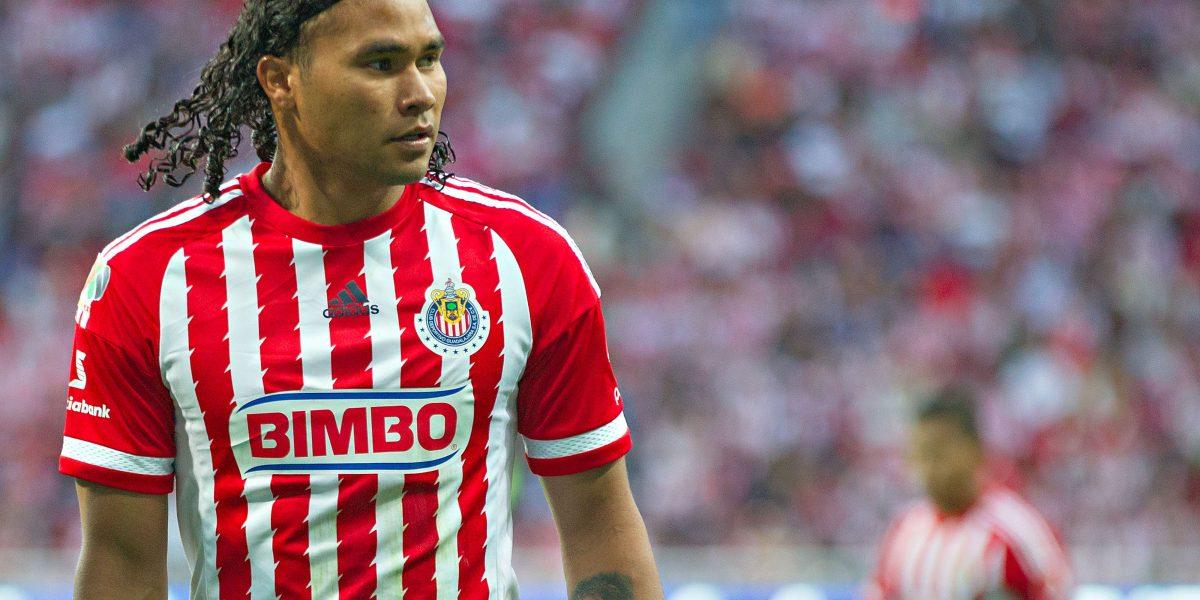 Gullit Peña cerca de dejar a las Chivas