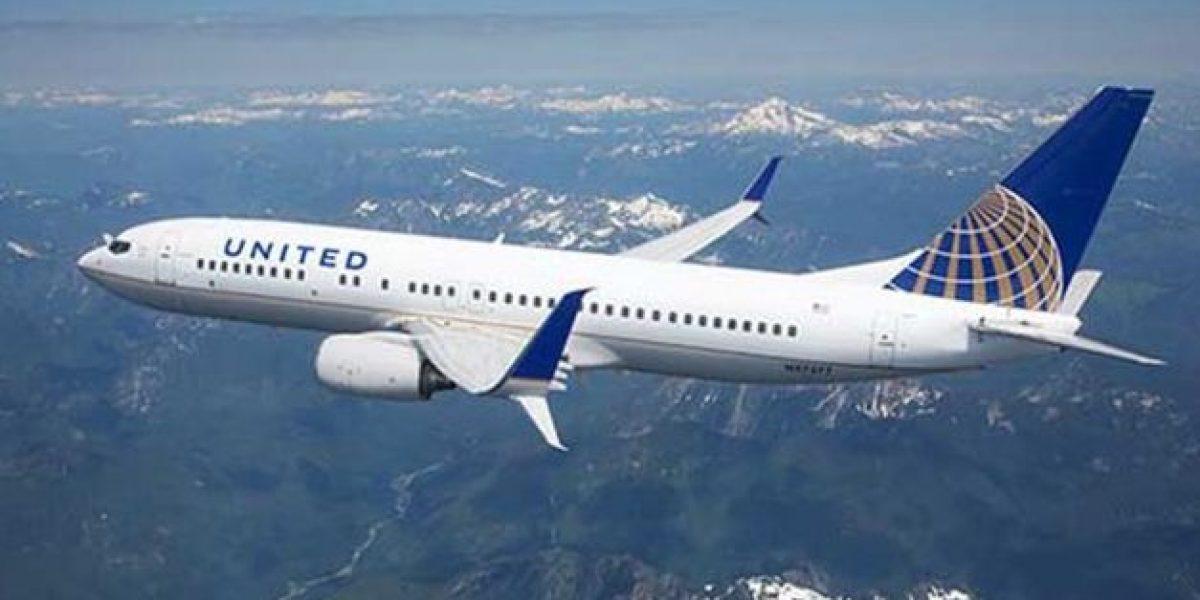 Avión que se dirigía a Monterrey aterriza de emergencia en San Antonio