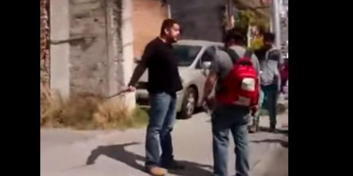 """VIDEO: Dan de tubazos en Puebla a brigada """"antigandalla"""""""