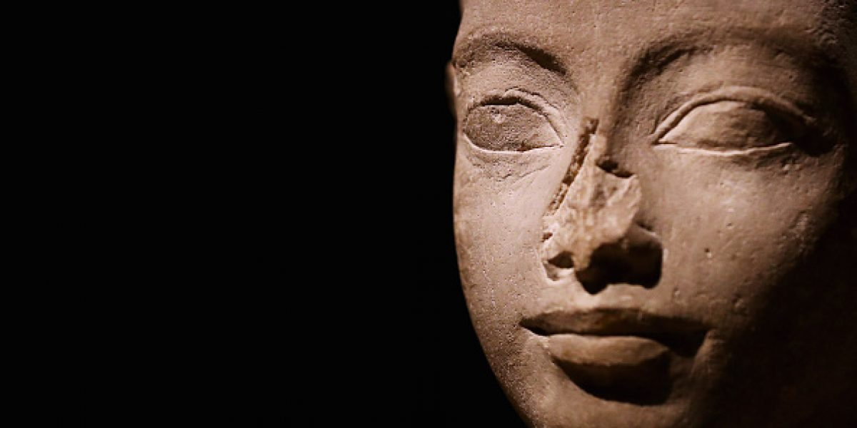 Atribuyen unas piernas momificadas a la reina egipcia Nefertari