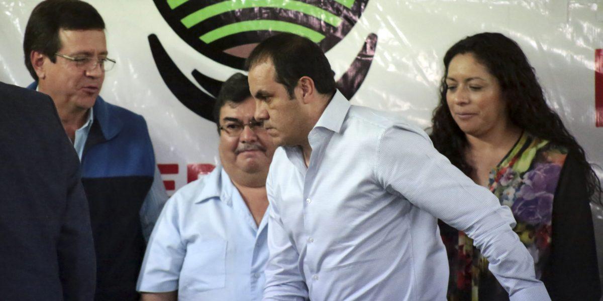 Autoridades inician discusión para destituir a Cuauhtémoc Blanco