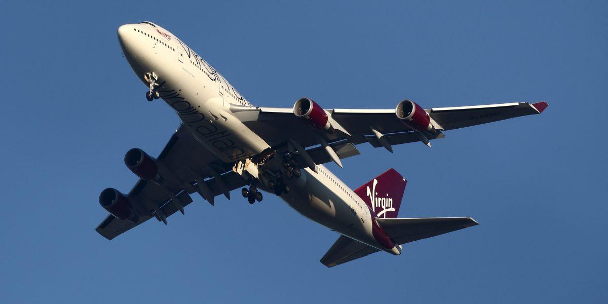Aterrizaje forzoso: Una mujer dio a luz en pleno vuelo