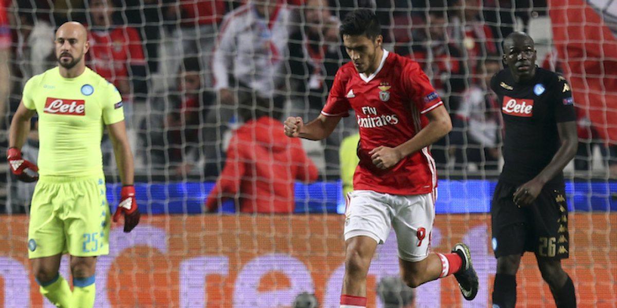 Raúl Jiménez anota y el Benfica avanza a octavos de la Champions