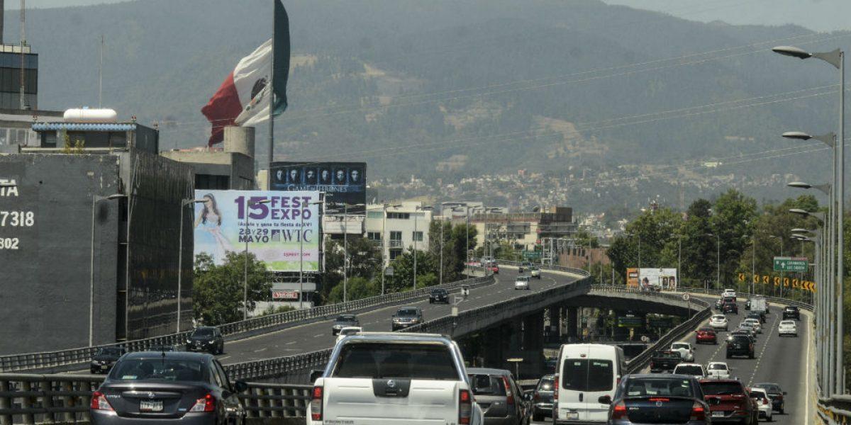 Segundo piso del Periférico aumentó tráfico en Reforma: Ballesteros