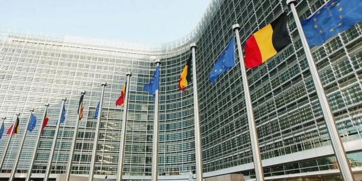 Unión Europea multa a bancos por manipular índice bancario