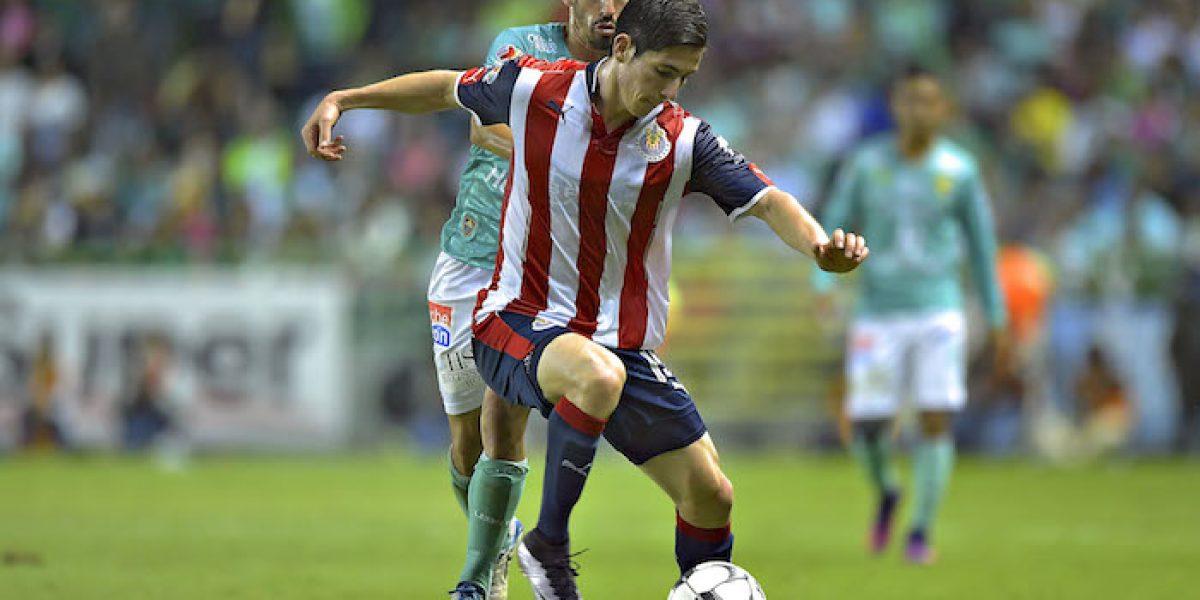 Chivas manda a Marco Bueno a Rayados