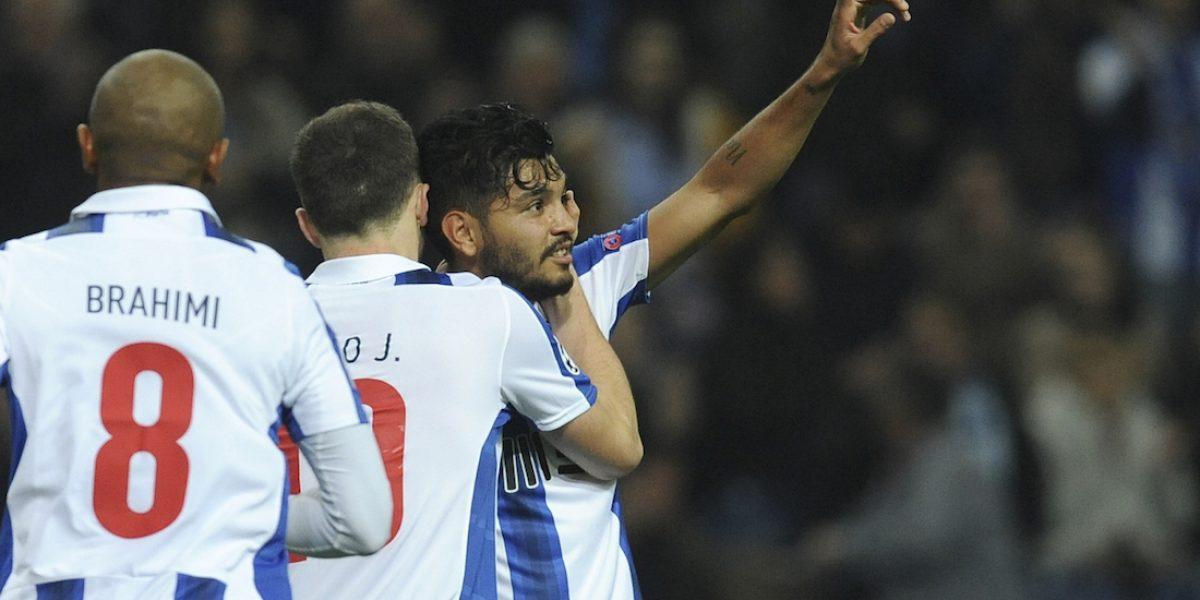 Tecatito Corona marca golazo con el Porto en la Champions League