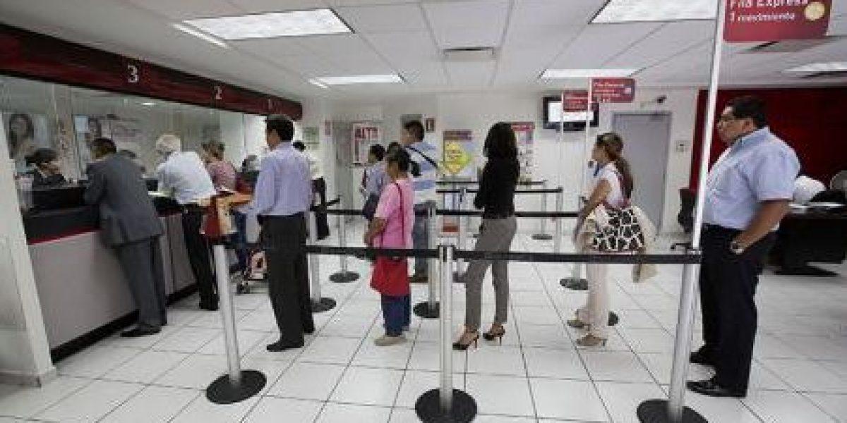 Bancos no abrirán este lunes