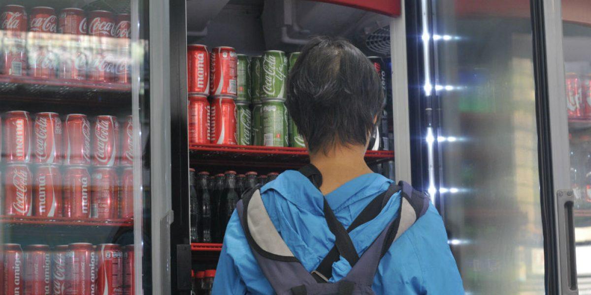 Consumo de refresco crece pese a impuesto; recaudó 17.6 mdp en 2016
