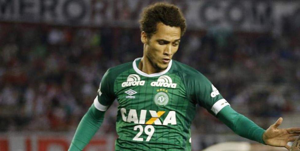 Helio Neto se recupera tras el accidente del Cahpecoense|TWITTER
