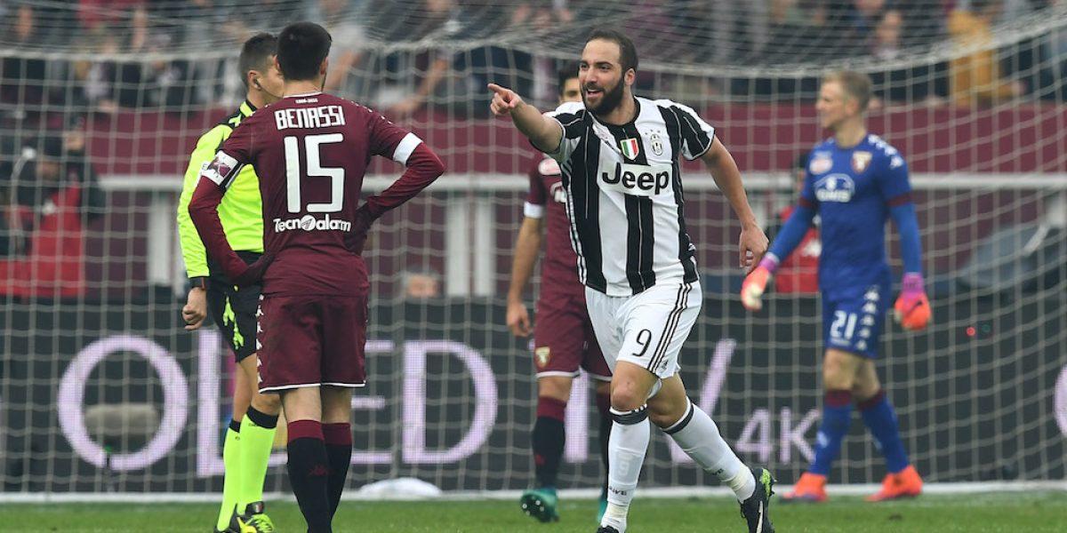Higuaín conduce el triunfo de Juventus sobre Torino