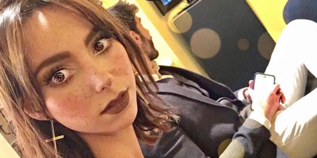 Natalia Tellez besó a otra mujer