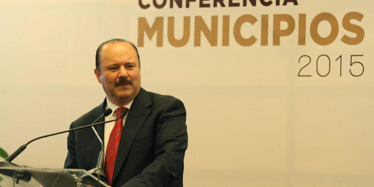 César Duarte deja deuda estatal hasta el 2044