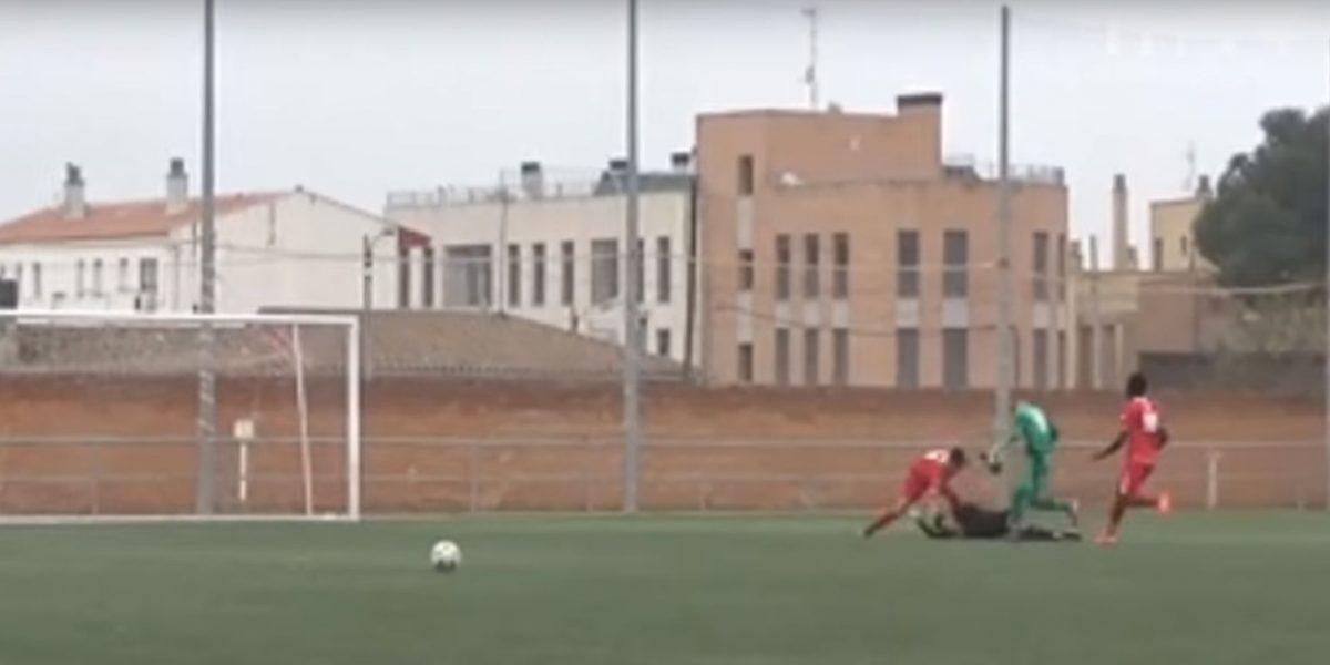 VIDEO: Brutal agresión a un árbitro de 18 años