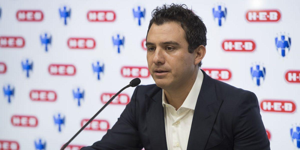 Luis Pérez anuncia su retiro del futbol