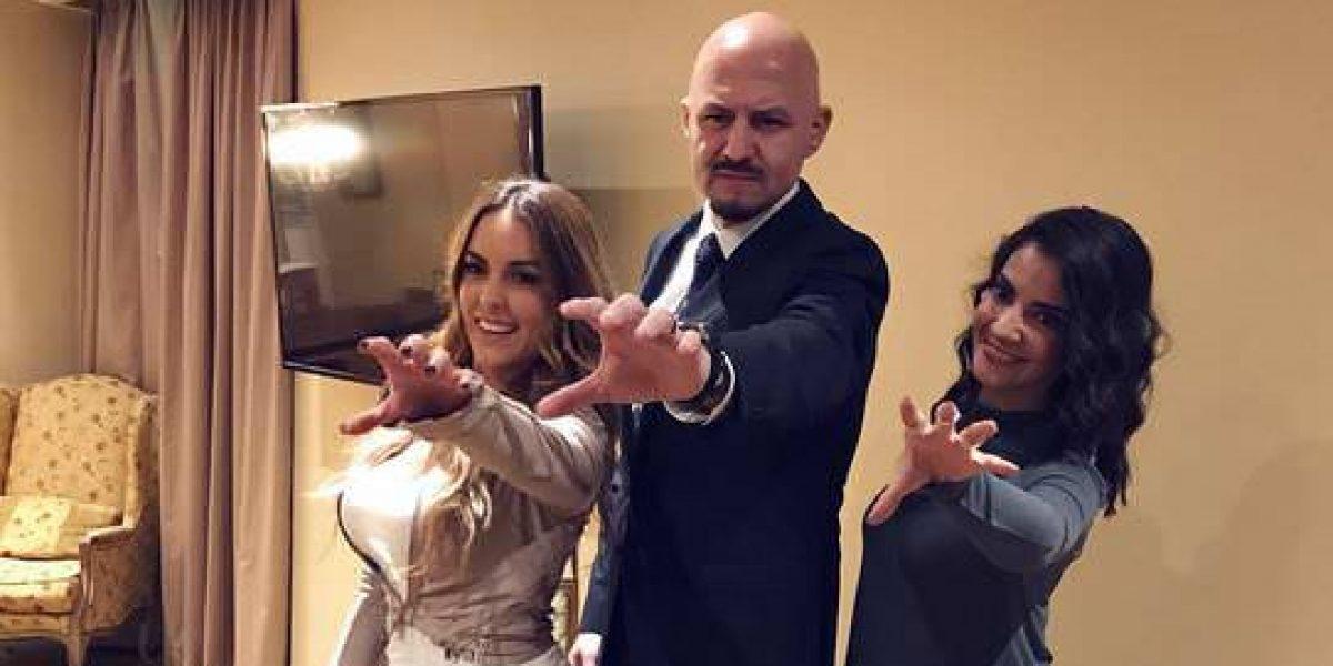 VIDEO: John Milton hipnotiza a Patty López y Renata Ibarrarán… les dio una mala noticia