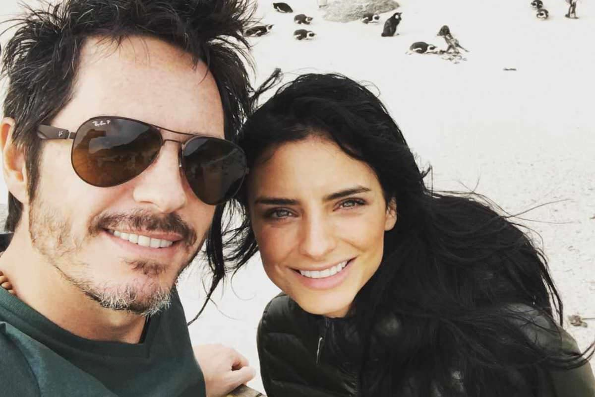 Aislinn Derbez y Mauricio Ochmann. Imagen Por: La pareja se encuentra más enamorada que nunca | Instagram