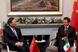 Peña Nieto se reúne en privado con consejero de China. Imagen Por: Vía facebook.com/EnriquePN/