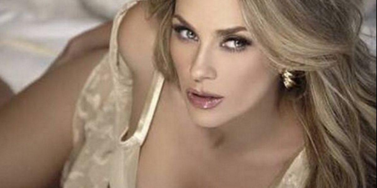 Aracely Arámbula se desnuda en polémica escena de telenovela