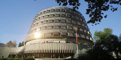 Tribunal Constitucional español suspende proyecto de referendo independentista en Cataluña