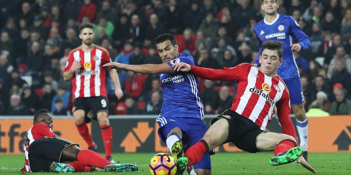 Chelsea se afianza como líder en la Premier; Zlatan dio triunfo al ManUtd