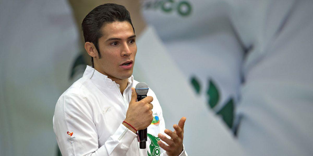 Judoca Eduardo Ávila denuncia robo por parte de aerolínea mexicana