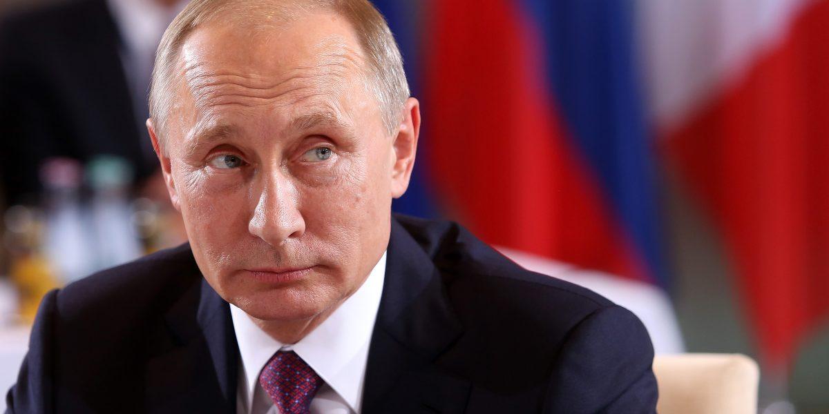Putin anuncia que no expulsará a ningún diplomático de Estados Unidos