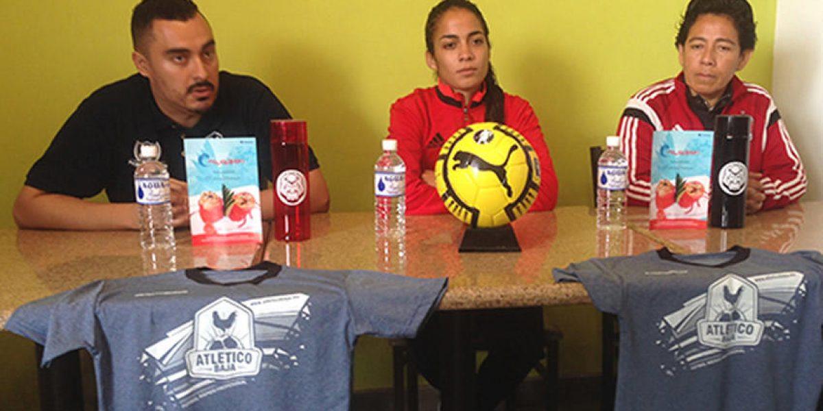 ¡Histórico! Futbolista mexicana jugará en liga varonil profesional