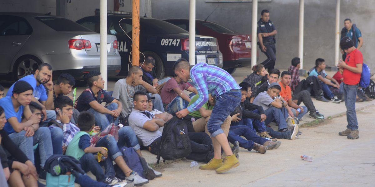 Cada año migra un millón de mexicanos hacia Estados Unidos: CNDH