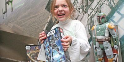Las pequeñas también se emocionan con la saga, pues en las últimas dos cintas de Star Wars las protagonistas han sido mujeres. Además, Leia es un gran modelo como una princesa fuerte y valiente.. Imagen Por: Nicolás Corte/ Publimetro