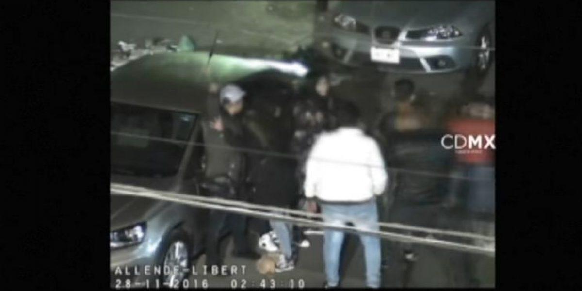VIDEO: Dispara al aire, atropella a policías y lo detienen en menos de 4 minutos en la Morelos