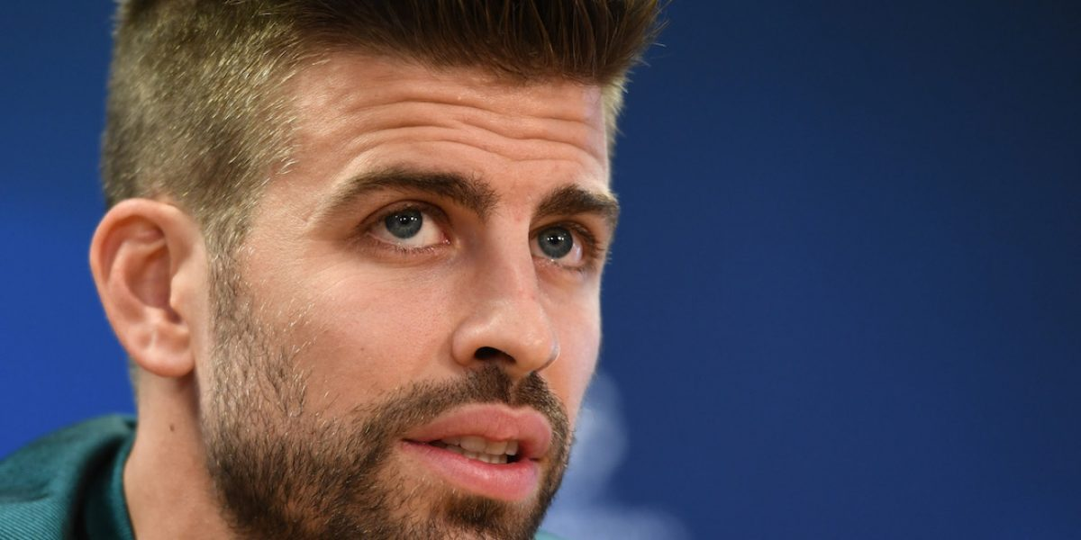 VIDEO: Piqué agrede a reportera en Barcelona