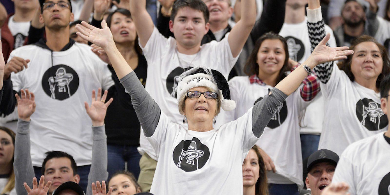 Spurs retiran el número del legendario Tim Duncan. Imagen Por: Spurs retiran el número del legendario Tim Duncan
