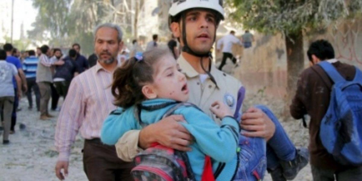 Reanudan evacuación de civiles en Alepo
