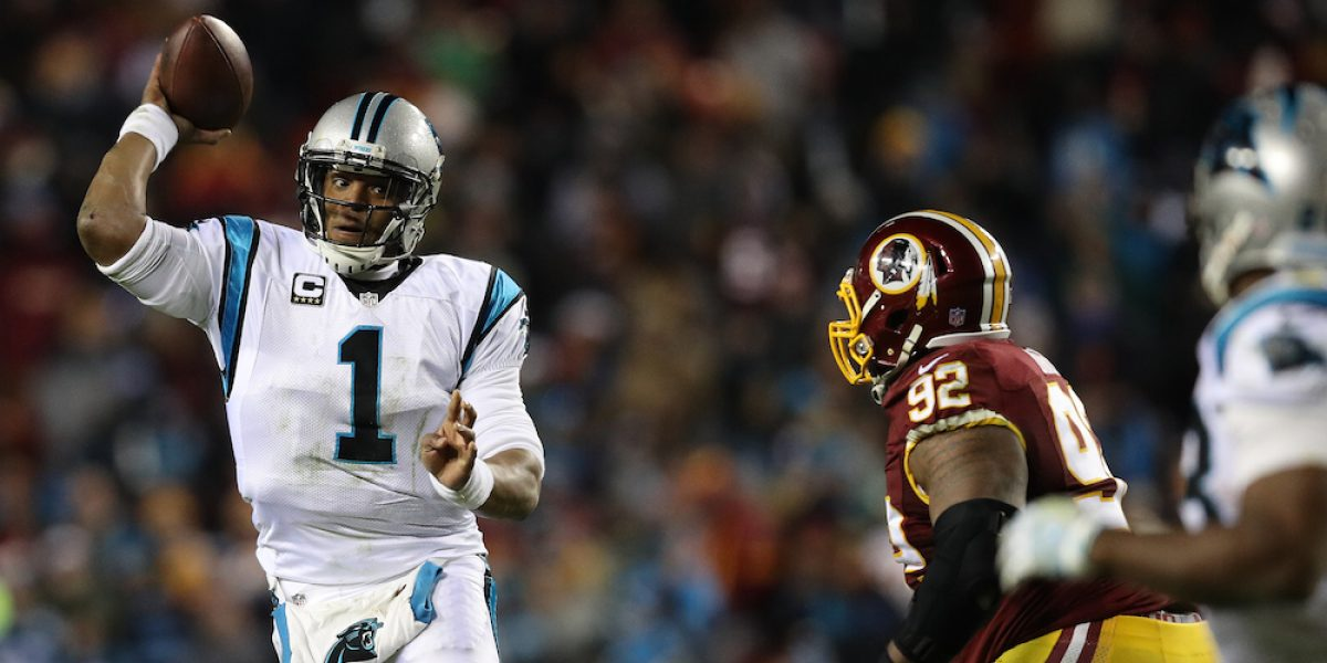 Carolina vence a Washington y lo saca de zona de playoffs