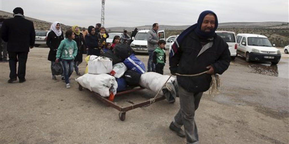 Al menos 25 mil personas han evacuado la ciudad de  Alepo