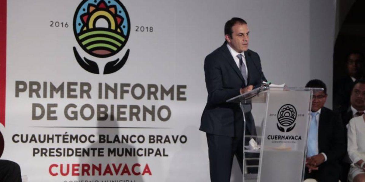 Cuauhtémoc Blanco llora en su primer informe de gobierno