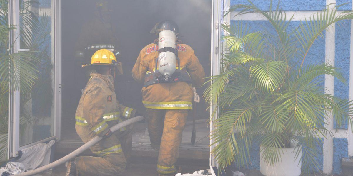 Incendian oficinas del PAN en Oaxaca; hay dos detenidos
