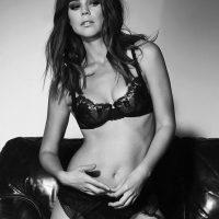 Sensual fotografía de Camila Sodi ¡en la cama y desnuda!. Imagen Por: Vía instagram.com/camilasodi_
