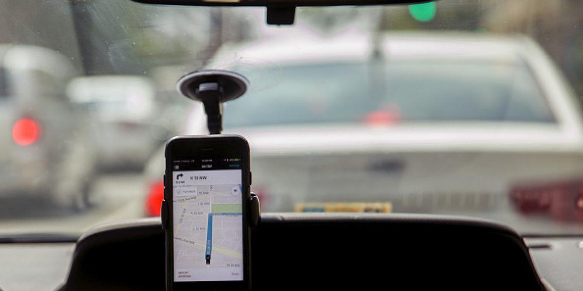 Uber se equivoca y cobra miles de dólares a usuaria