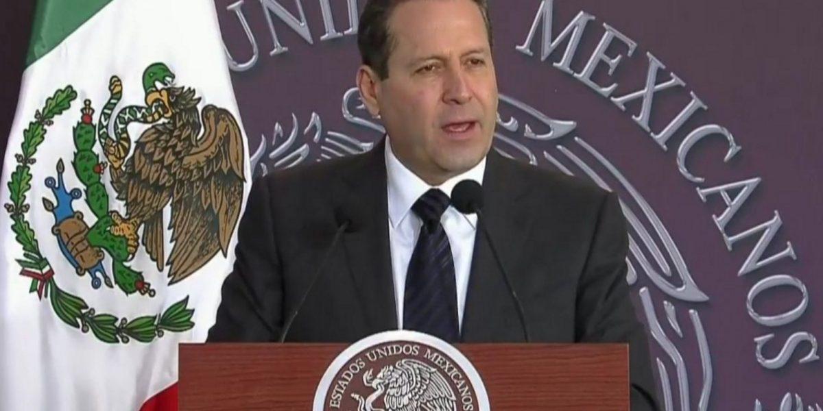 Edomex no dejará solas a familias de Tultepec: Eruviel Ávila