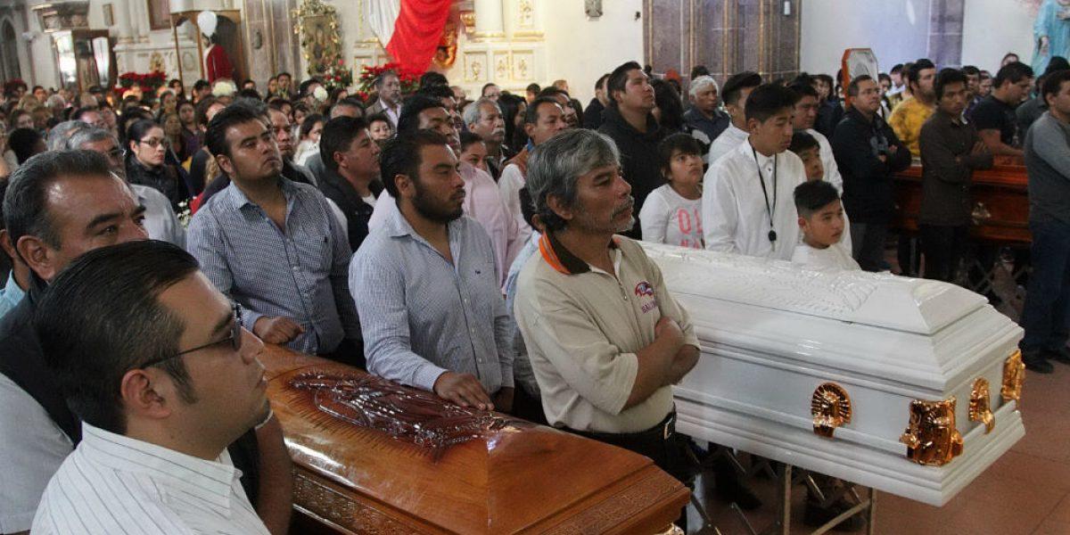 FOTOS: Dan último adiós a víctimas de explosión en San Pablito