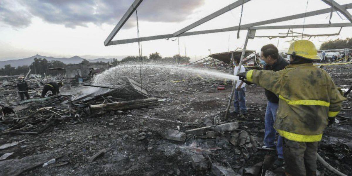 Suman 36 muertos por explosión en Tultepec