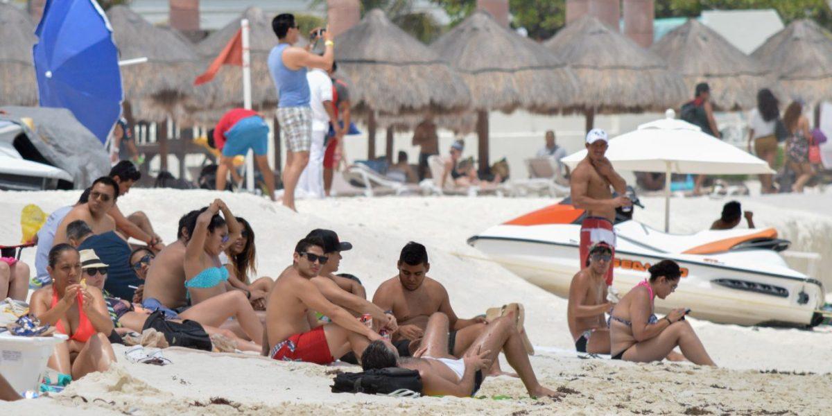 Mexicanos gastarán en promedio 3 mil 515 pesos en Semana Santa