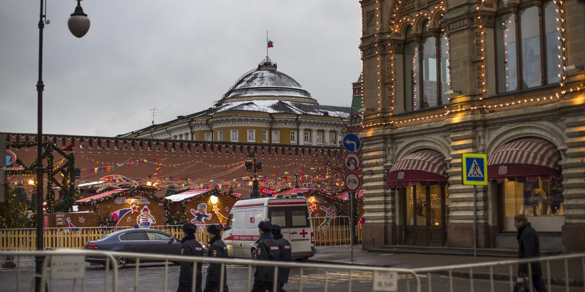 Rusia: evacúan a miles por amenaza de bomba en Metro de Moscú