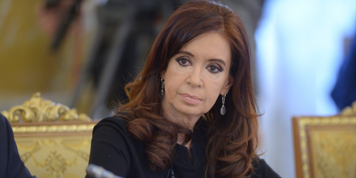 Argentina: procesan a expresidenta Cristina Fernández, acusan corrupción