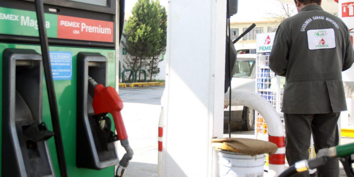 Gasolina costará hasta 18.22 pesos en Nuevo León